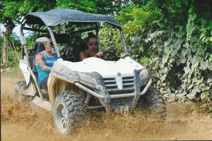 Aventura en buggy en Punta Cana a la playa Macao, Punta de Cana, REPUBLICA DOMINICANA