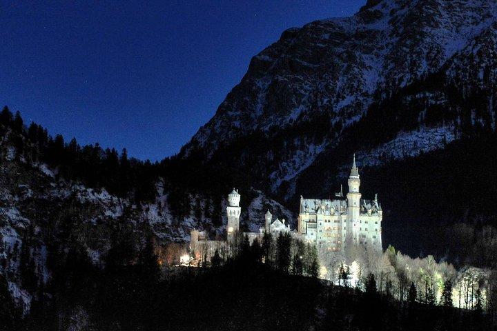 Private Group Tour from Garmisch-Partenkirchen to Neuschwanstein and Linderhof Castle, Garmisch Partenkirchen, GERMANY