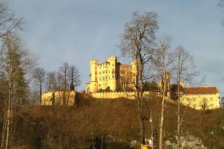Excursión privada de día completo desde Fuessen: Castillo de Neuschwanstein, Oberammergau y Castillo de Linderhof, Fuessen, ALEMANIA