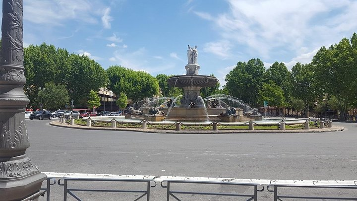 Full day Shore Excursion to Avignon and Aix en Provence, Marsella, FRANCIA