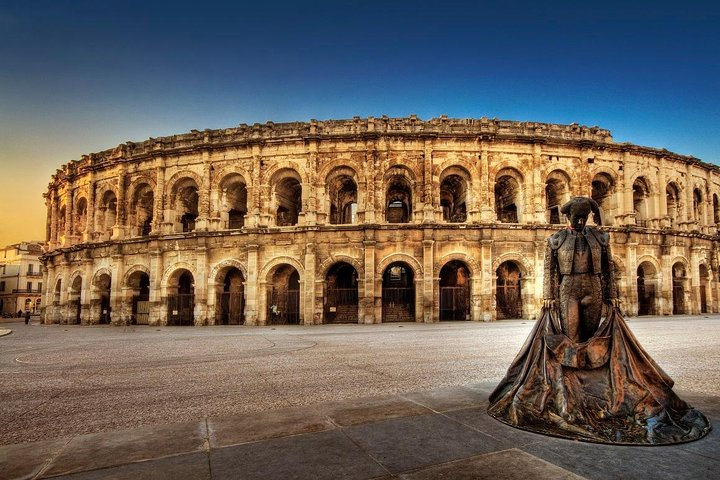 Private small group tour of Nimes and Pont du gard, Montpellier, FRANCIA