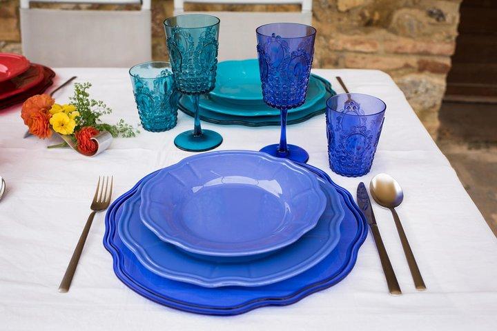 Local Market Tour and Dining experience at a local's home in Ascoli Piceno, Ascoli Piceno, Itália