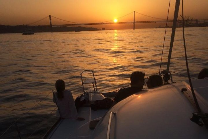 Catamaran Sunset Sailing, Lisboa, PORTUGAL