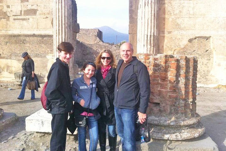 Skip-the-line Ancient Pompeii Highlights Exclusive Tour with Local Private Guide, Pompeya, ITALY