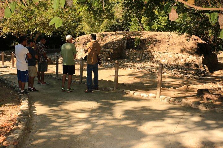 Pyramids Archaeological Site HT, Huatulco, MÉXICO