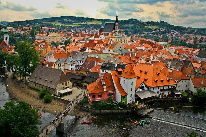 Private transfer from Salzburg to Prague with Stopover in Cesky Krumlov, Salzburgo, AUSTRIA
