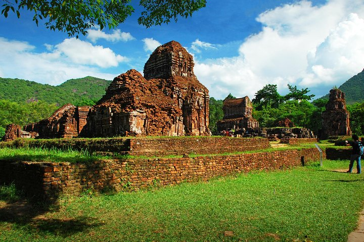 My Son Holy Land Day Trip with Lunch Cruise from Hoi An, Hoi An, VIETNAM