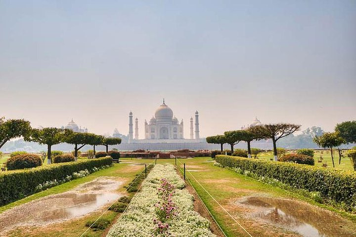 Private Day Trip To Agra an amazing Sunrise View Taj Mahal with Agra Fort, Nueva Delhi, Índia