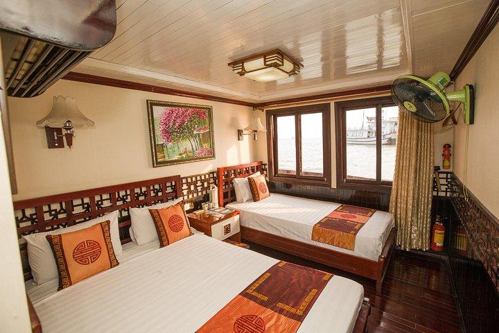 Deluxe Double Ocean View, Halong Bay, VIETNAME