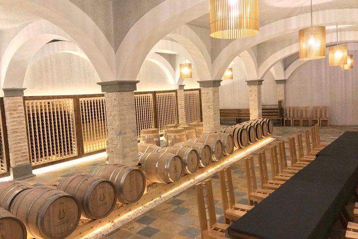 Berat - History and Wine Tasting, Tirana, Albânia