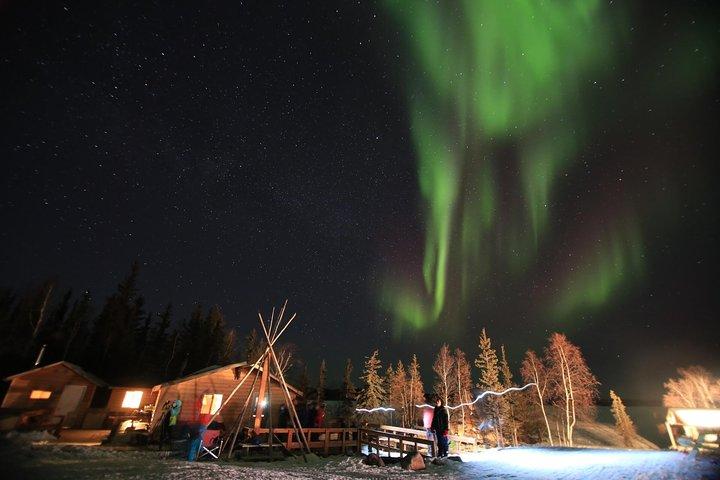 Yellowknife Northern Lights Tour Winter 4 Days 3 Nights Budget, Yellowknife, CANADA