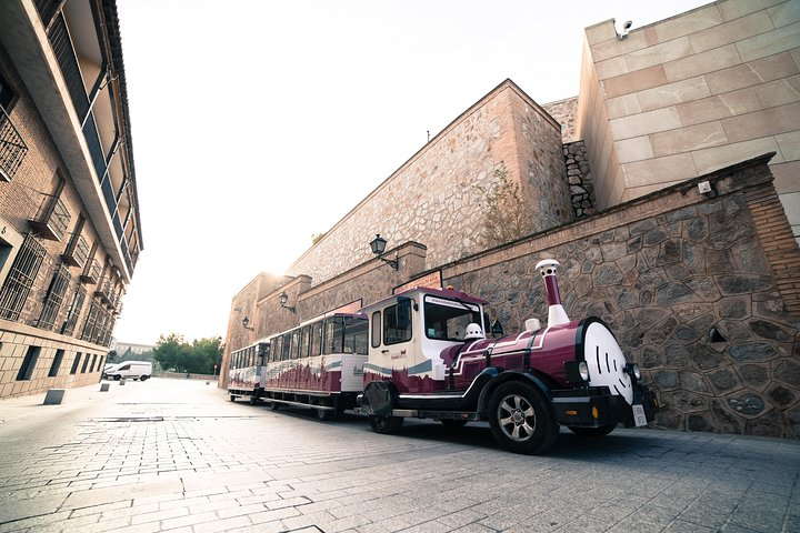 Paseo en el tren turístico de Toledo, Toledo, ESPAÑA