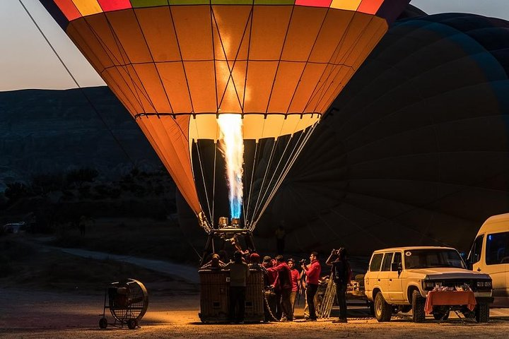 1-hour Hot Air Balloon Flight Over the Fairy Chimneys in Cappadocia, Goreme, Turkey