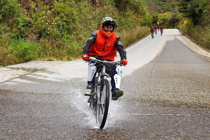 4-Day Classic Machu Picchu Inca Jungle Trek, Cusco, PERU