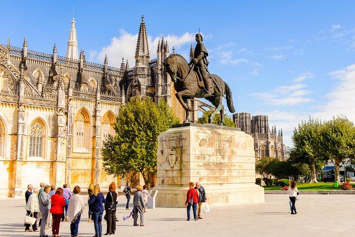 Excursión en grupo de día completo a Fátima, Batalha, Nazaré y Óbidos desde Lisboa, Lisboa, PORTUGAL