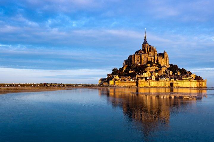 Private Mont Saint Michel Tour From Bayeux, Bayeux, FRANCE