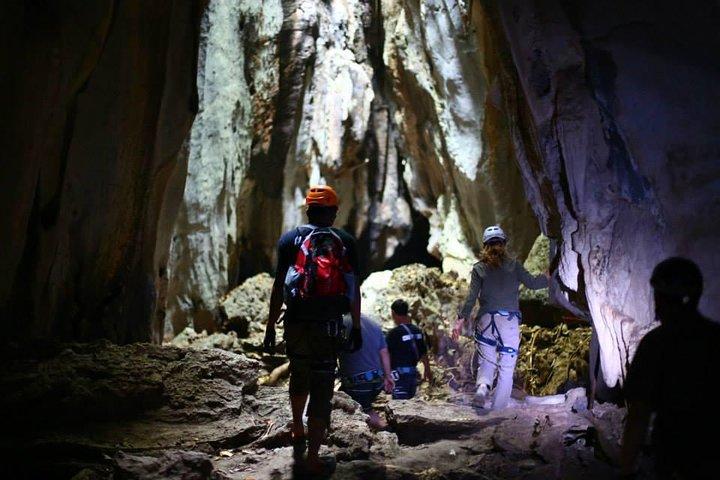 Discovery Tour: Caving, Climbing, Via Ferrata and Abseiling in Kampot, Sihanoukville, CAMBOYA