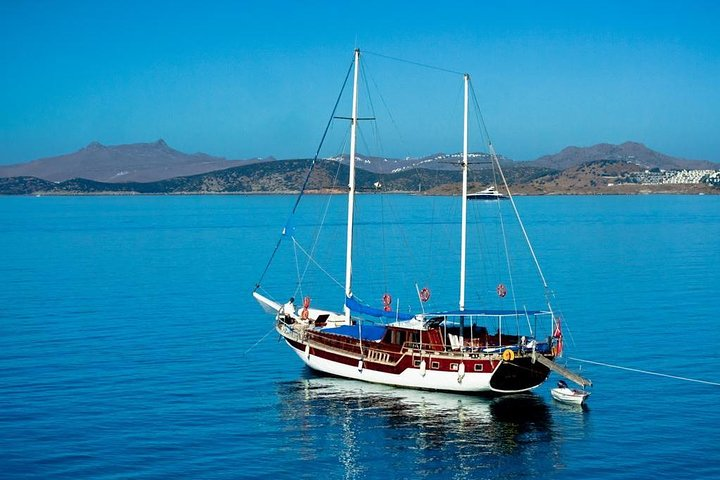 Private Boat Trip Around Side Bay, Side, TURQUIA