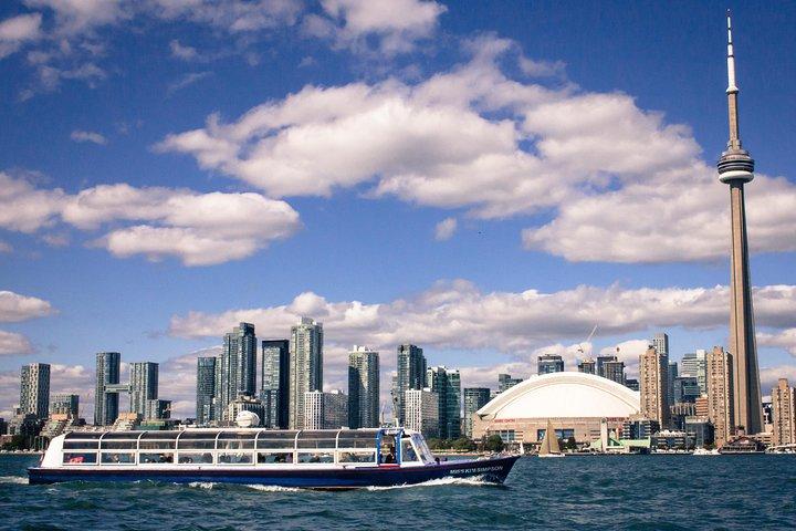 1-Hour Toronto Harbour Tour with Live Narration, Toronto, CANADA