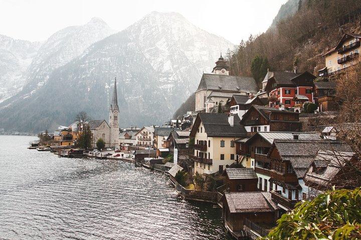 Bussiness Van Munich Austrian Alps, Hallstatt, and Salzburg Private Day Trip, Munich, GERMANY