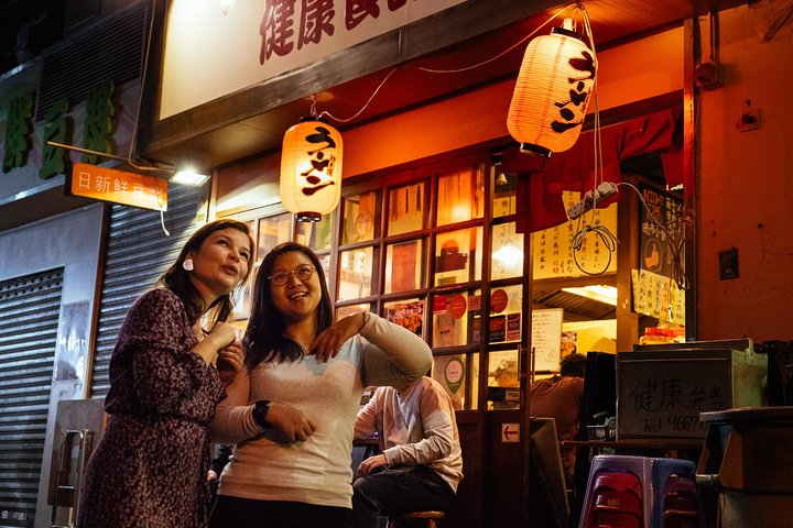 Withlocals Hong Kong by Night Safe & PRIVATE Tour with a Local Expert, Hong Kong, CHINA