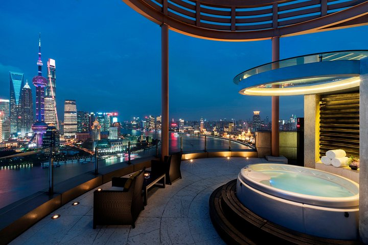 Shanghai Nightlife: Bars in The Bund and Old French Concession, Shanghai, CHINA
