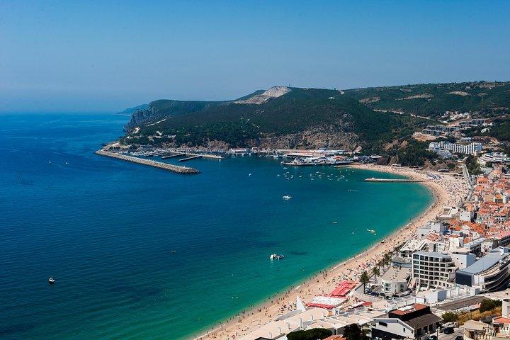Full day tour a Arrábida y Sesimbra con cata de vinos desde Lisboa , Lisboa, PORTUGAL