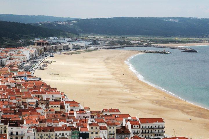 Full-day Fátima, Nazaré, and Óbidos Small-Group Tour from Lisbon, Lisboa, PORTUGAL