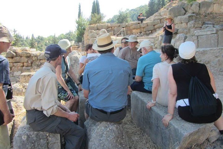 Private Tour to Delphi, Arachova, & St Loukas Monastery with Lunch Option, Atenas, GRECIA