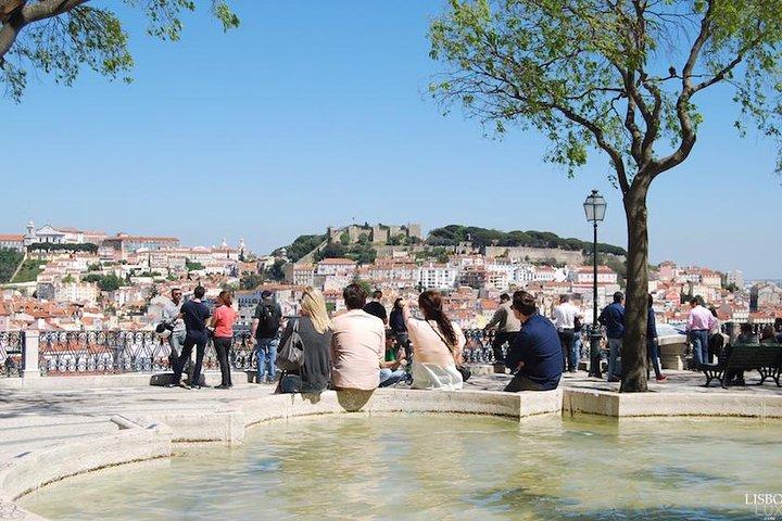Lisbon 2 Hour Historical Private Guide Tuk Tuk Tour, Lisboa, PORTUGAL