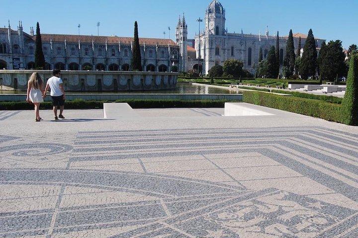 Lisbon Full Day Private Tuk Tuk Tour 6h, Lisboa, PORTUGAL