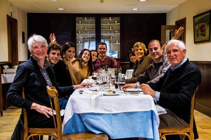 Classic Hemingway Tour in Navarra, Pamplona, ESPAÑA