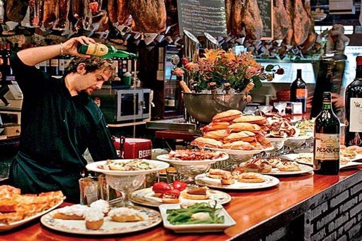 Food, Wine and Sailing on the Basque Coast - Hemingway Style, Pamplona, ESPAÑA