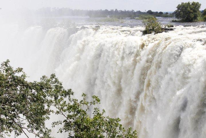 Victoria Falls Tours in Zambia from Livingstone, Livingstone, ZIMBABUE
