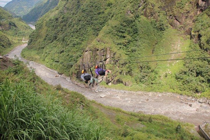 Canopy - Zip Line 1300 Metros Ida Y Vuelta, Baños, ECUADOR