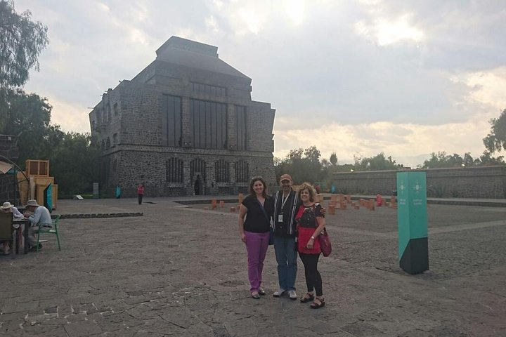 Private Combo 2 days: Teotihuacan+Basilica+Tlatelolco+Xochimilco+Frida+Coyoacan, Ciudad de Mexico, Mexico
