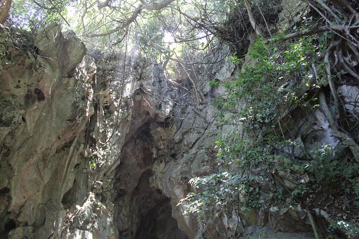 Full-day MY SON SANCTUARY & MARBLE MOUNTAINS DAY TRIP from HOI AN, Hoi An, VIETNAM