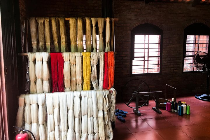 Half-day SILK CLOTH PRODUCING PROCESS DISCOVERY TOUR from HOI AN, Hoi An, VIETNAM
