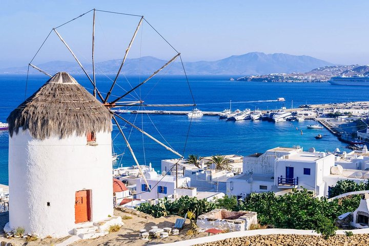 Sightseeing with a Mykonian, Miconos, GRECIA