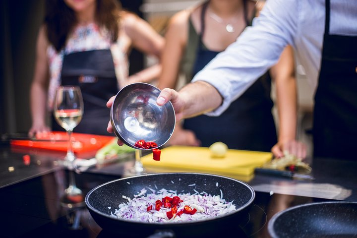 Midday Market Tour and Spanish Cooking Class, Zaragoza, ESPAÑA