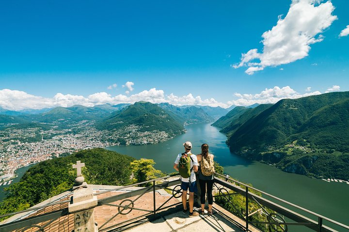 Lugano Region Guided Excursion from Lugano to Monte San Salvatore by funicular, Lugano, SUIZA