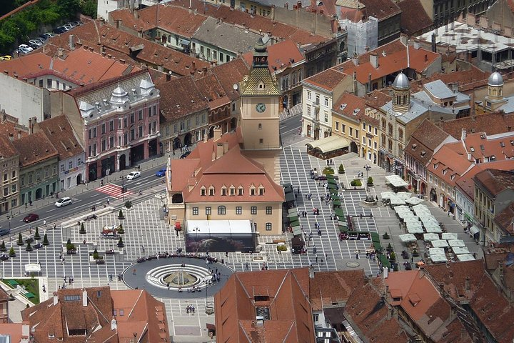 Transfer from Brasov to Bucharest with Hotel Pick-up, Brasov, RUMANIA