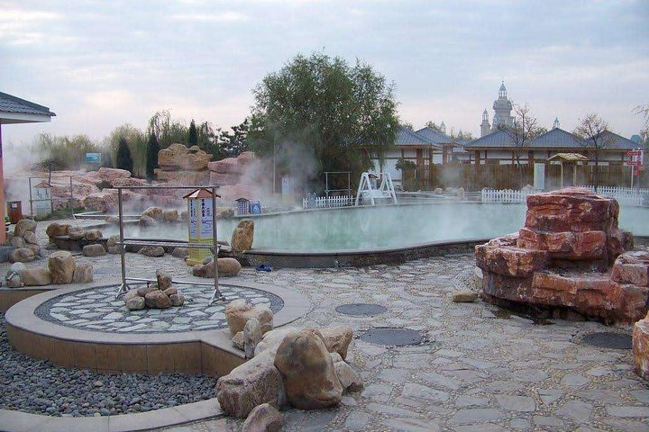 Tianjin Private Tour: Huangyaguan Great Wall with Outdoor Hot Spring Experience, Tianjin, CHINA