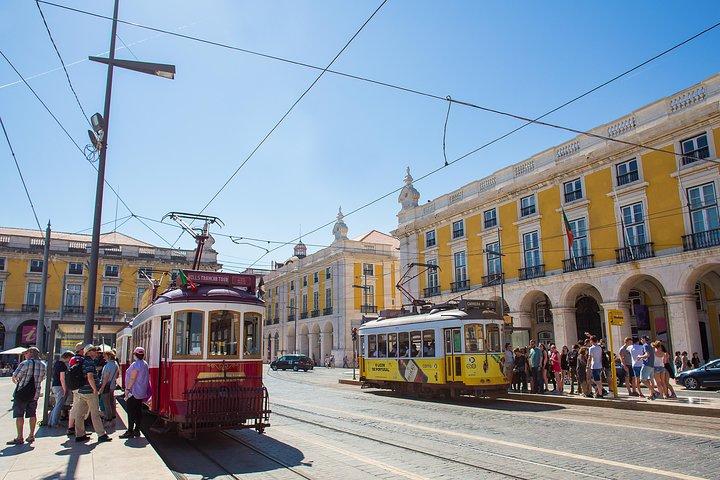 48 horas de autobus con paradas libres en tranvia y Yellow Boat Cruise en Lisboa, Lisboa, PORTUGAL