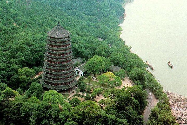 Hangzhou: Heaven on Earth Day Trip from Shanghai including West Lake Cruise, Shanghai, CHINA