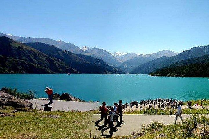 Private Round-Trip Transfer to Tianchi Lake at Tianshan Mountains from Urumqi, Urumchi, CHINA