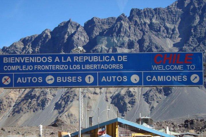 Tour panorâmico privado de Mendoza a Santiago, Mendoza, ARGENTINA