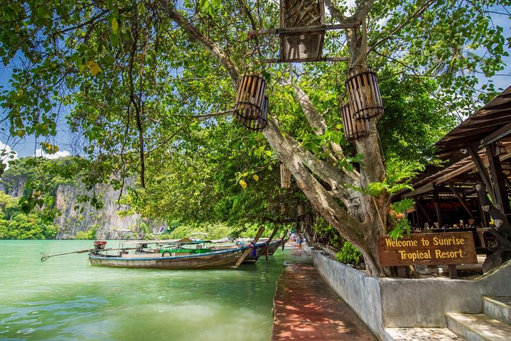 Early Bird Tour to 4 Islands & Railay Beach by Siam Adventure World from Khao Lak, ,