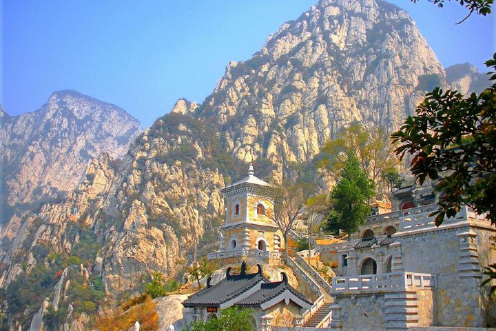 Shaolin Temple and Sanhuang Village Scenic with Cable Car Experience from Zhengzhou, Zhengzhou, CHINA