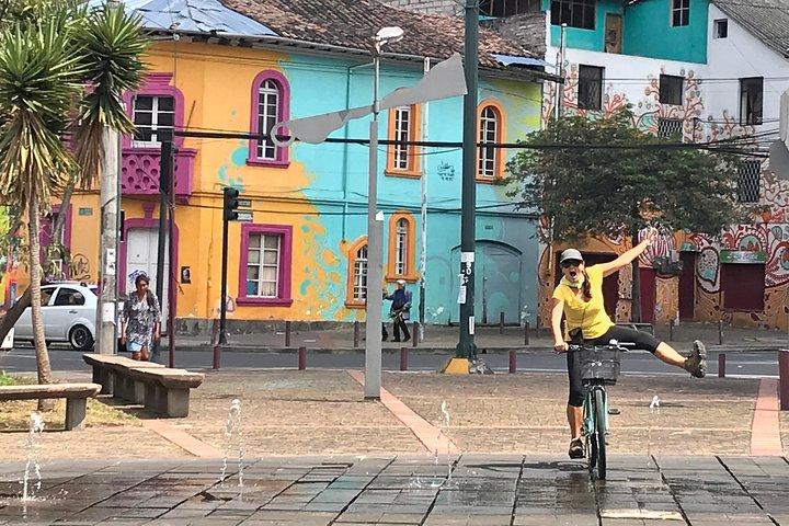 Explore Urban Quito on a Bike (1 Person PRIVATE), Quito, ECUADOR